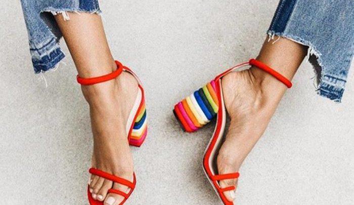 Almería a pie: Los zapatos están de moda Almeria is Different