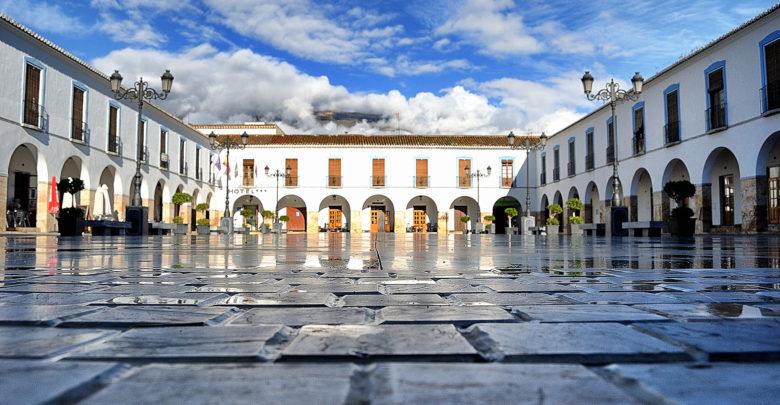 plaza porticada de Berja - Alpujarra
