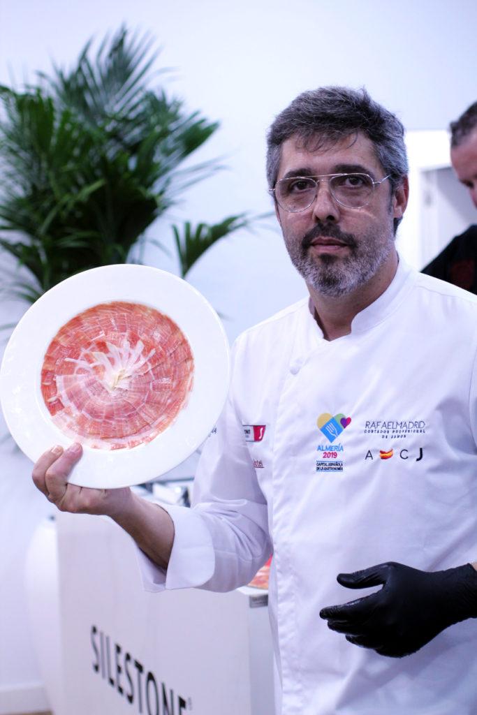 Rafael Madrid, cortador de jamón