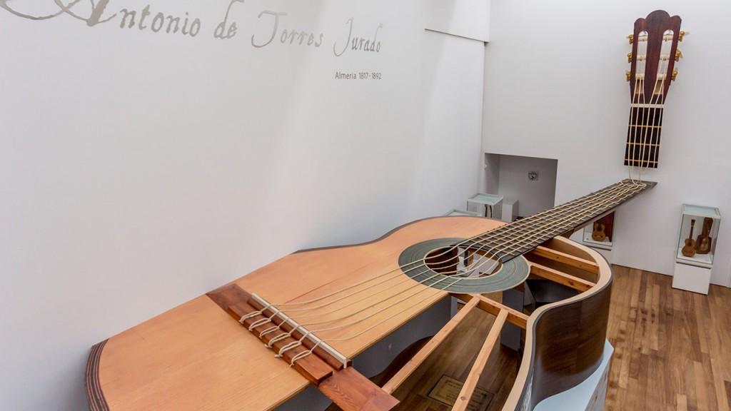 museo de la guitarra de almeria