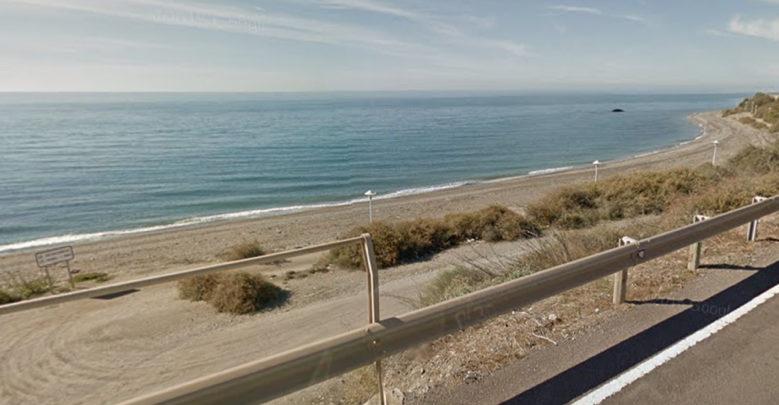 costa de adra - playa de la rana