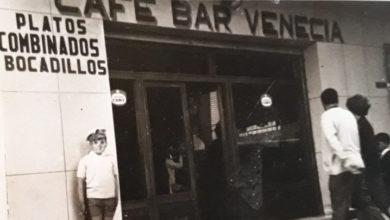Photo of El Venecia, un viejo bar de los años 60 en Almería