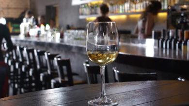 Photo of Almería suspende en bares de vinos